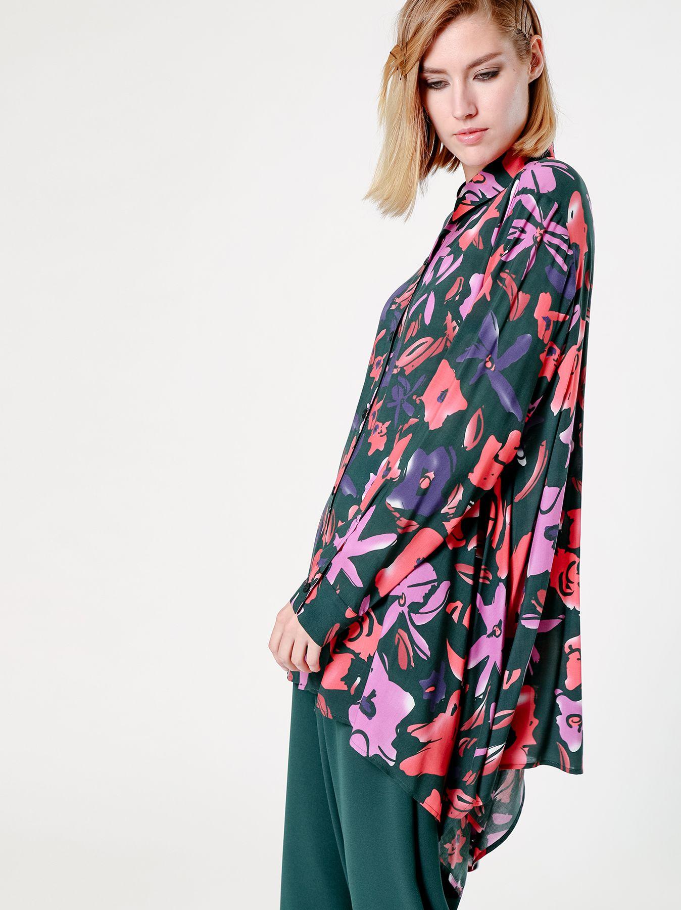 Camicia over con fantasia floreale